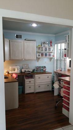 My office/working scrap area - Scrapbook.com