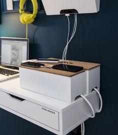Une station de charge pour les accessoires technologiques de la famille
