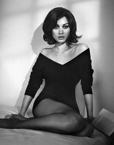 Bond girl, Olga Kurylenko. I want this hairstyle!