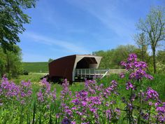 10 Places to See in IOWA - The Bridges of Madison County during spring