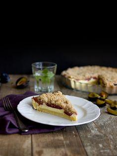 Linecký koláč plný tvarohu se švestkami / meruňkami a drobenkou Dessert Bars, Healthy Cooking, Waffles, Pie, Candy, Baking, Breakfast, Food, Torte
