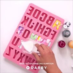 Watch this DIY tutorial to learn how to make Marble Alphabet Soap - Home Made Soap Diy Videos, Craft Videos, Cool Diy, Easy Diy, Nifty Diy, Wie Macht Man, Soap Recipes, Handmade Soaps, Diy Soaps