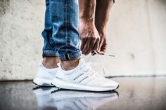 "Adidas Ultra Boost - triple white ""key city pack"""