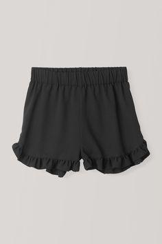 Clark Shorts, Black 319kr Gym Shorts Womens, December, Black, Fashion, Moda, Black People, Fashion Styles, Fashion Illustrations, December Daily