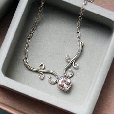 Morganit Halskette - Recycling Sterlingsilber - Phantasie Rosa Morganit Halskette - Schmiedeeisen-Sammlung - Urlaub Geschenk - versandbereit auf Etsy, 193,12€