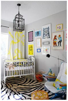 LOVE this modern kid's room.  If only I had a small person to put in it I'd have a room in my house just like this :-)