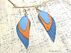 Pendientes - Pendientes largos cuero azul-naranja - hecho a mano por Zivile-1 en…
