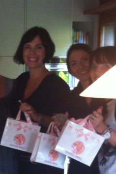 Load up your DB pretty bags with all that lovely stuff from your Dianne Brill Beauty Home Party ! Party Rules, House Party, Parties, Pretty, Bags, Beauty, Nice Asses, Handbags, Beleza