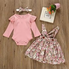 Baby Solid Flounced Romper and Floral Print Suspender Skirt with Headband Set Baby Outfits, Toddler Outfits, Kids Outfits, Cute Baby Clothes, Baby & Toddler Clothing, Baby Girl Fashion, Kids Fashion, Style Fashion, Patron Vintage