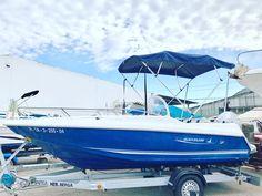Embarcación de recreo Quiksilver 500 con Toldo Bimini Carvid Marine 4 Arcos Aluminio. Disponible en nuestra web: www.carvidmarine.com Boat, Vehicles, Stainless Steel, Window, Budget, Dinghy, Rolling Stock, Boats, Vehicle