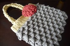 Mermaid Tears Purse... Free Pattern and Follow Along Crochet Video
