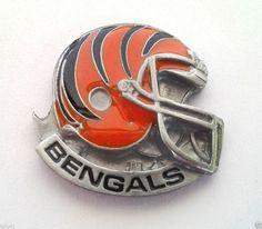 *** CINCINNATI BENGALS HELMET *** Novelty NFL Hat Pin P52023 EE