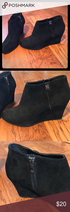 Anne Klein Wedge Booties Size 10 Anne Klein ankle booties, wedge heel, zipper opening.  Size 10. Worn around the house, but the height didn't work for me, never worn outside. Anne Klein Shoes Ankle Boots & Booties