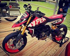 Ducati Motorbike, Motorcycle Bike, Motard Sexy, Ducati Hypermotard, Moto Car, Honda Grom, Big Rig Trucks, Cool Motorcycles, Dirtbikes