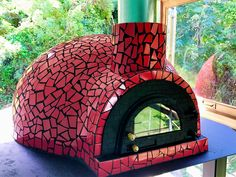 An outdoor kitchen can be an addition to your home and backyard that can completely change your style of living and entertaining. Earlier, barbecues temporarily set up, formed the extent of culinary attempts, but now cooking outdoors has become an. Stone Pizza Oven, Diy Pizza Oven, Pizza Oven Outdoor, Wood Fired Oven, Wood Fired Pizza, Wood Oven, Mini Four, Pain Pizza, Oven Design