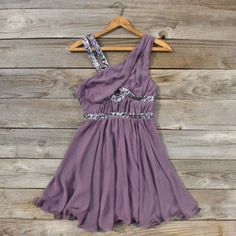Lavender Fields Party Dress, Sweet Women's Bohemian---- need! Look Fashion, Fashion Beauty, Fashion News, Pretty Outfits, Cute Outfits, Winter Formal Dresses, Sweet Dress, Classy And Fabulous, Dress Me Up