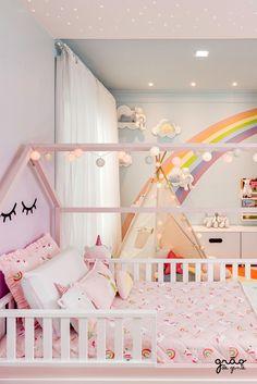 Girls Bedroom Storage, Small Room Bedroom, Kids Bedroom Designs, Kids Room Design, Rose Gold Room Decor, Kids Room Organization, Toddler Rooms, Little Girl Rooms, Baby Room Decor