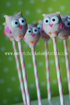 Sweet Cheeks Tasty Treats: pink owl cake pops and balls Owl Birthday Parties, 1st Birthday Girls, Owl Cakes, Cupcake Cakes, Cupcakes, Creative Cakes, Creative Food, Owl Cake Pops, Cupcake Heaven