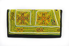 Styleincraft offer Full Embroidery Clutch and various range of  Handmade clutches ,clutch Purse, best clutches  etc. These all products are Handmade  and unique collection for womens .