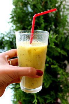 Smoothie z mango i kiwi Glass Of Milk, Mango, Manga