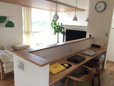 LDKとの適度な距離感 Ideas Dormitorios, Little Houses, Second Floor, Living Room Designs, Corner Desk, Flooring, Interior Design, House Styles, Kitchen