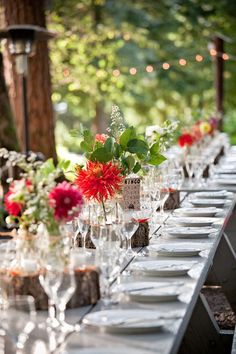 Natural place settings with salad and dahlias. Oregon Wedding 7 from stylemepretty.com