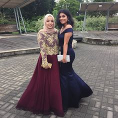 Hijabi prom dress --> (Roaa Ramadan - YouTube, Instagram, Twitter, Tumblr)