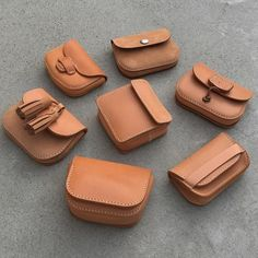 Small Leather Bag, Leather Art, Small Leather Goods, Leather Pouch, Leather Design, Leather Tooling, Leather Purses, Leather Workshop, Leather Carving