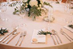 greenery wedding Wedding Decorations, Table Decorations, Greenery, Wedding Decor, Dinner Table Decorations