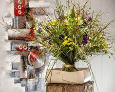 Lass deine Frische sprühen...  #Stehstrauß #Frühling #Leichtigkeit VALENTINO #Gemälde #Floristik  EBK-Blumenmönche Blumenhaus – Google+