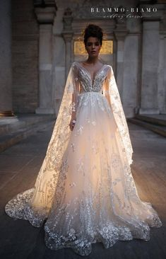 Country Wedding Discover Wedding dress NILSA by Blammo-Biamo Princess wedding dress Wedding dress with long train Exclusive wedding dress Fairy Wedding Dress, Western Wedding Dresses, Bohemian Wedding Dresses, Princess Wedding Dresses, Best Wedding Dresses, Bridal Dresses, Gown Wedding, Wedding Dresses With Color, Mermaid Wedding