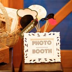 Step by step instructions on putting together a photobooth with free printables.