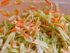 Looking for a delicious, fast to make keto side dish? Then check out this keto coleslaw. 5 minutes to make and net carbs for a HUGE portion size! Low Carb Coleslaw, Kfc Coleslaw, Slaw Recipes, Keto Recipes, Cooking Recipes, Copycat Recipes, Churros, Keto Friendly Vegetables, Keto Cole Slaw