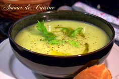 soupe au poireaux celeri Harira, Menu, Top Recipes, Thai Red Curry, Mashed Potatoes, Ethnic Recipes, Food, Pecans, Yummy Yummy