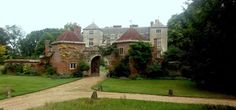 Special Images, Brick Building, Salisbury, 17th Century, Lodges, Dates, Hunting, Twin, September