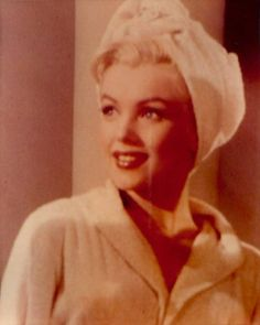Sumptuous Blonde Icon Marylyn Monroe