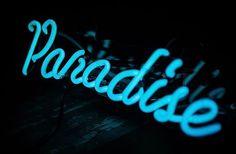 Neon sign - Paradise