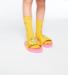 Image 6 of THE SIMPSONS SLIDE SANDALS from Zara Zara Israel, Fashion Tips, Fashion Design, Fashion Trends, Fashion Styles, The Simpsons, Outfit Goals, Pool Slides, Slide Sandals