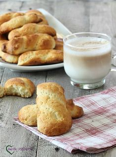 Biscotti Biscuits, Egg Biscuits, Italian Biscuits, Biscotti Cookies, Biscotti Recipe, Italian Cookie Recipes, Sicilian Recipes, Italian Cookies, Italian Desserts