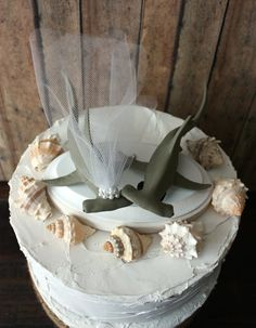 Hammerhead-shark-beach-destination-Hawaii-wedding-cake by MorganTheCreator
