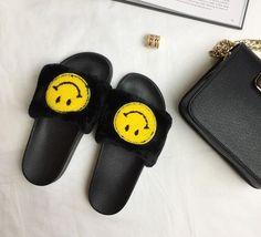 Stylesowner 2017 Summer Plush Slipper Cute Smiling Face Comfort Pregnant Women Cool Sandal Shoe Fashion Outdoor Beach Slides