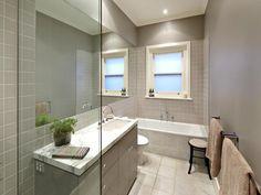 Modern bathroom windows minimalist bathroom ideas with narrow bathroom window and built in bathtub also single Bathroom Window Decor, Bathroom Photos, Bathroom Windows, Glass Bathroom, Bathroom Layout, Modern Bathroom Design, Bathroom Interior, Bathroom Ideas, Bathroom Designs