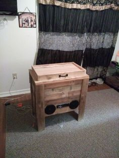 Cooler Stand With Car Radio And Speakers