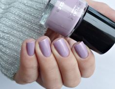 Malý koutek krásy: Oriflame Pure Colour - Lavend, Nude Pink