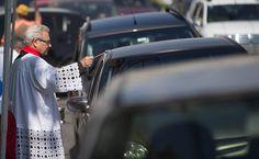 Motoristas formam fila para receber bênção no Dia de São Cristóvão em SP - 25/07/2016 - Cotidiano - Folha de S.Paulo