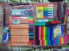 // Arrumei e fiquei admirando. // Arrumei e fiquei admirando. College Stationary, Stationary Store, School Stationery, Middle School Hacks, School Suplies, School's Out For Summer, Cute School Supplies, Bullet Journal Ideas Pages, Arts And Crafts Supplies