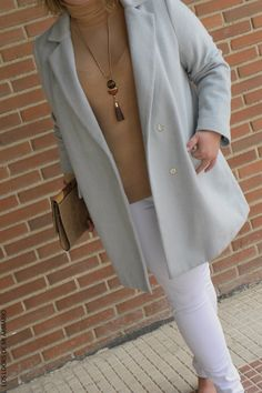 Trendy Curvy LOOK. OUTFIT COLORES PASTEL IN THE STREET #blue #azul #streetstyle #lookcolorespastel #pastellook #lookconjeans #looknavideño #lookcasual #tallagrande #casual #outfittallagrande #curvy #plussizecurve #fashionbloggermadrid #bloggercurvy #personalshopper #curvygirl #loslooksdemiarmario #bloggermadrid #outfit #plussizeblogger #fashionblogger #lookotoño #ootd #influencer #trend #trendy #bloggerXL