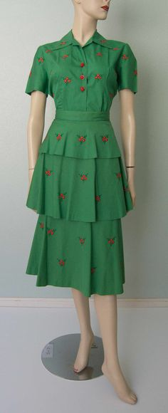 1940s Embroidered Cotton Whimsical Floral by KittyGirlVintage, $95.00