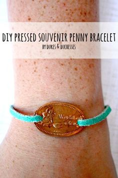 Disney Craft Easy To Make DIY Projects With Pennies. (Well – not all work w… Disney Craft Easy To Make DIY Projects With Pennies. (Well – not all work with Disney pressed pennies – but all are clever)! Craft 23 Easy To Make DIY Projects With Pennies Pennies Crafts, Penny Jewelry, Metal Jewelry, Jewelry Box, Pressed Pennies, Penny Bracelet, Diy Crafts To Do, Kids Crafts, Disney Jewelry