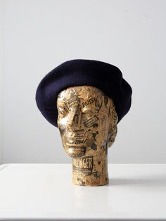 FREE SHIP  vintage wool beret / navy blue hat by 86Vintage86, $28.00